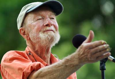 Pete Seeger leading a song
